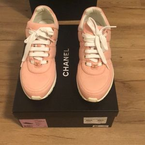 Chanel sneakers size 38